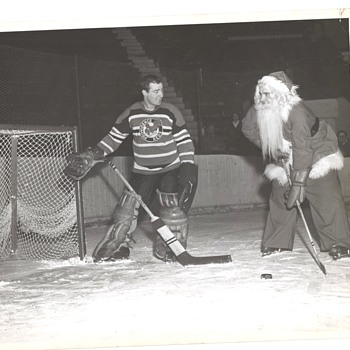 Santa Hockey Photo Providence Reds Howe Rookie photo - Hockey