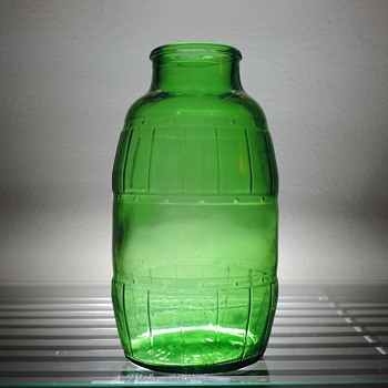1985 Mickey's Malt Liquor Beer Bottle Anchor Glass Green Barrel 12 Ounces - Bottles