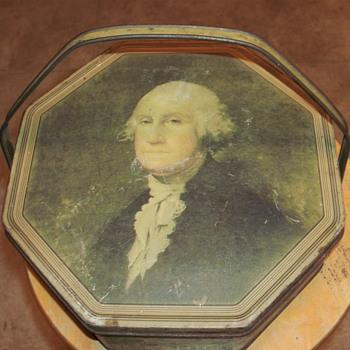 Loose-Wiles bisquit tin/GeorgeWashington - Folk Art