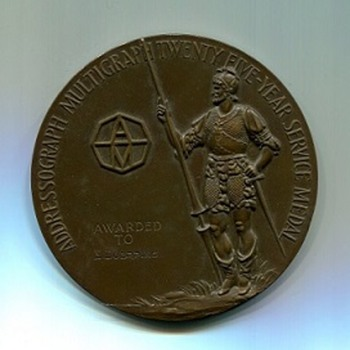 Is Bigger Better ? Does This Age Old Question Apply To Medals? - Medals Pins and Badges