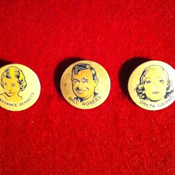 Cracker Jack prize pinbacks - Medals Pins and Badges