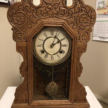 Antique Waterbury Clock from 1880s.  - Clocks