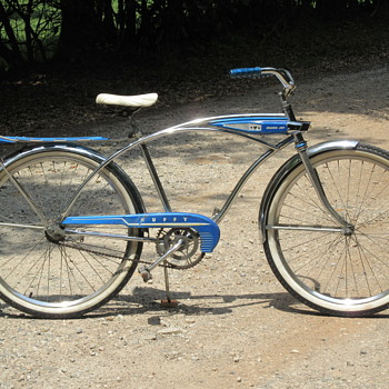 1959-60 Huffy Silver Jet Bicycle. - Sporting Goods