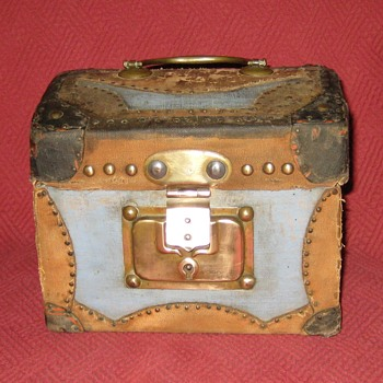 Antique  Mid to Late 1800's French Made Doll Trunk - Furniture