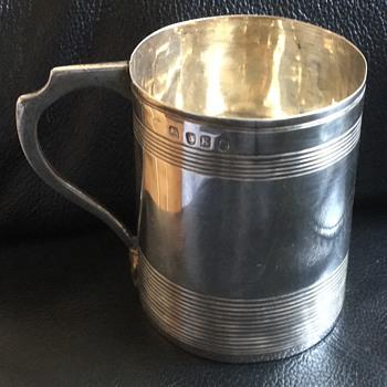 Small silver cup - Silver