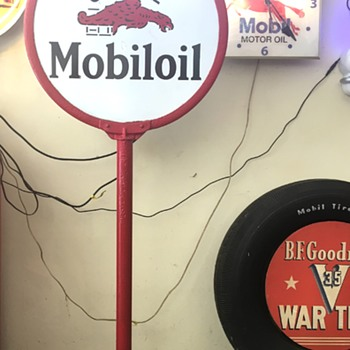 1920's Gargoyle Mobiloil lollipop sign.  - Petroliana