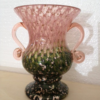 Kralik - Cluthra with mica  - Art Glass