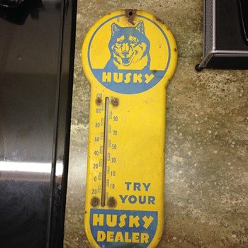 Husky Thermometer Sign