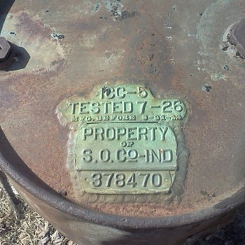 early 1900's Standard Oil Co. oil drum - Petroliana