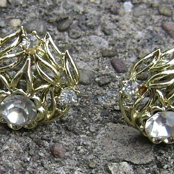 Vintage Coro Earrings - Costume Jewelry