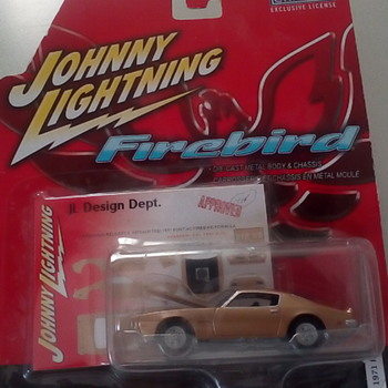 "Johnny Lightning "" FireBird "" - Model Cars"
