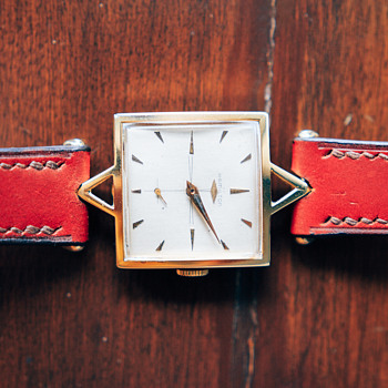 1955 Hamilton Viscount, 14K Solid Gold - Wristwatches