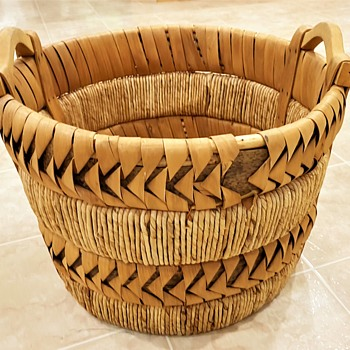 Large Two Handled Splint Basket - Furniture