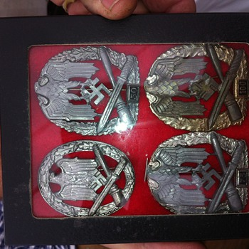 Nazi Badges - Military and Wartime