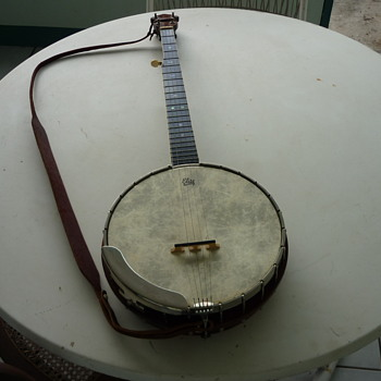 Thought I made a banjo ! - Musical Instruments