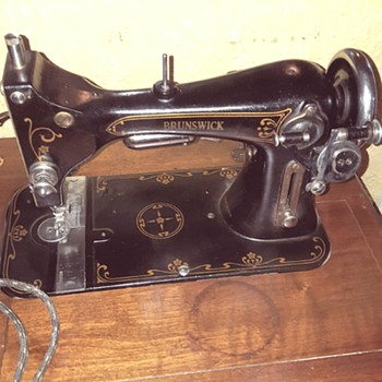 Brunswick Electric Sewing Machine - Sewing