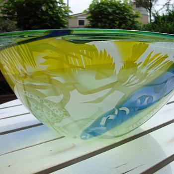 glass bowl by jean paul raymond - Art Glass