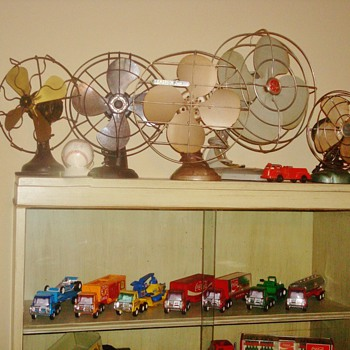 Fans and Toys! - Model Cars