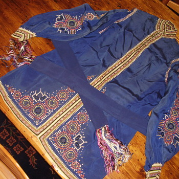 I don't know the country of origin for this beautiful fragile shirt. - Mens Clothing