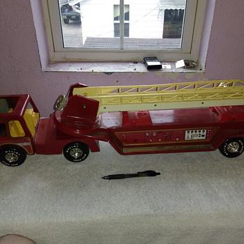 Nylint Metal Fire Truck - Firefighting