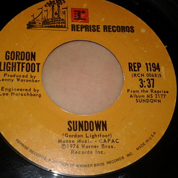 "GORDON LIGHTFOOT REPRISE RECORDS 45 RPM ""SUNDOWN"" / ""TOO LATE FOR PRAYIN'"" - Records"
