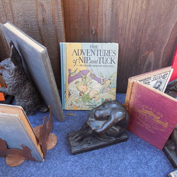 "A Closer Look at the ""Solitude"" Bookends - Books"