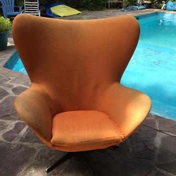 Mid century modern chair? - Mid-Century Modern