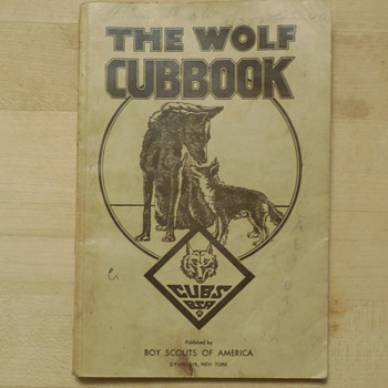 Boy Scouts Of America 1943 The Wolf Cubbook  - Books