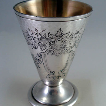 Reed & Barton Mint Julep cups?  - Silver
