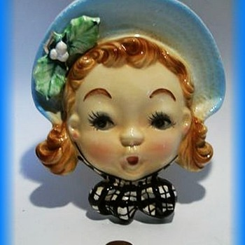Ceramic WALL VASE - A Real Cutie !!!!! - Pottery