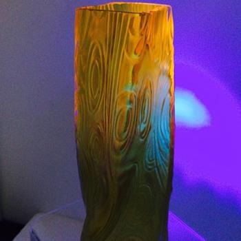 Welz Spiraloptisch Iridescent Cadmium Vase - Art Glass
