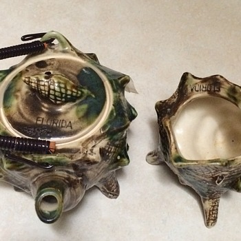 Florida Souvenir  Shell Teapot and Creamer - China and Dinnerware