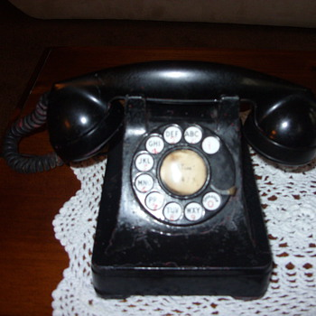 30s western electric telephone