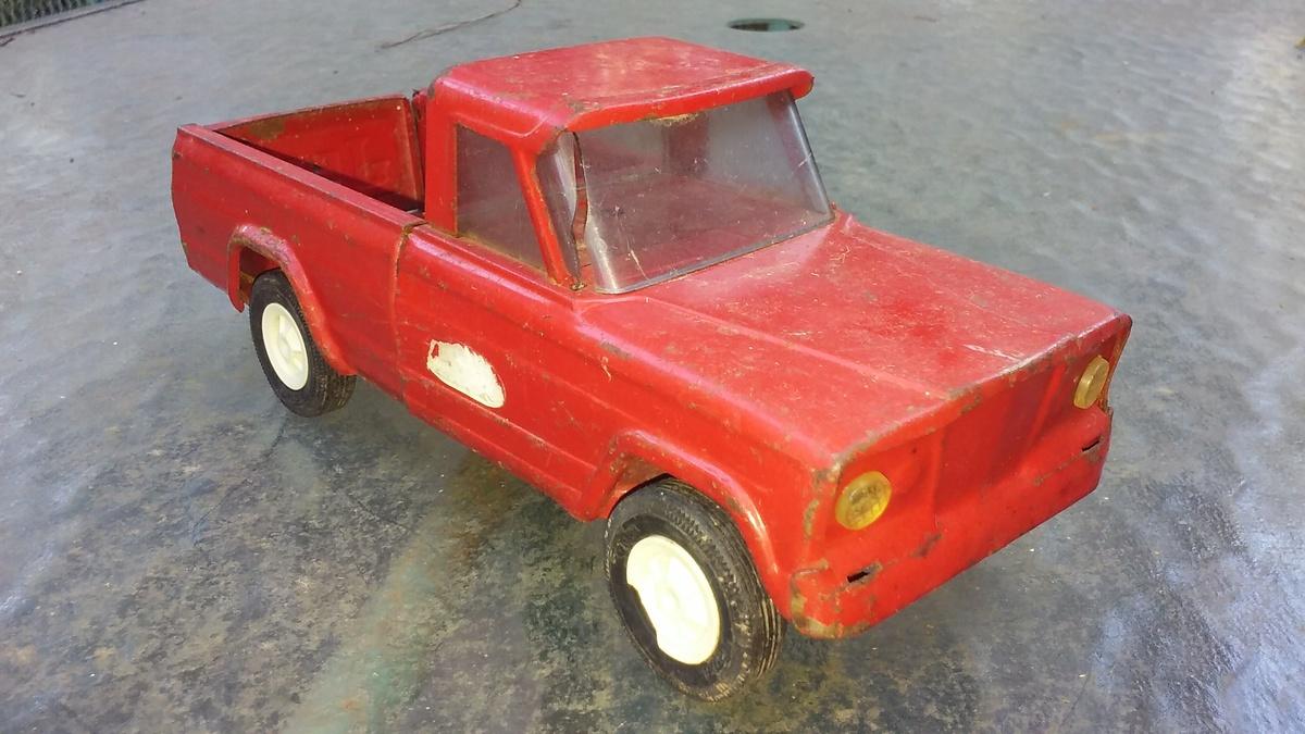 old TONKA Jeep pickup truck | Collectors Weekly