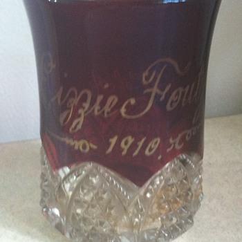 Small glass dated 1910 modern woodmen of america