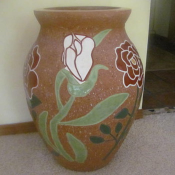 Large 3' vase with stone inlay - Pottery