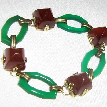 Repost of 14kt slave bracelet
