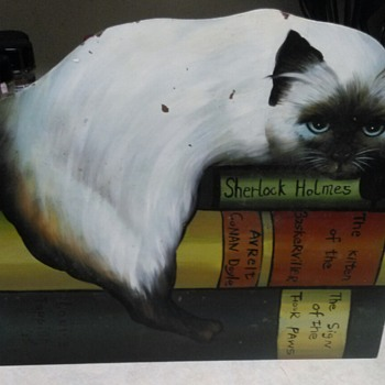 CHELSEA HOUSE CAT ON A BOOKSHELF  - Animals