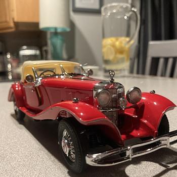 Franklin Mint 1935 Mercedes Benz 500k Special Roadster  - Model Cars