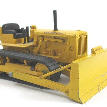 Caterpillar D-6 Dozer Bar Grill