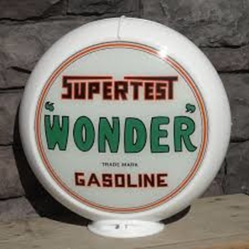 "Supertest ""Wonder"" Gasoline Globe Light - Petroliana"