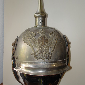 Prussian Pickelhaube of Jaeger zu Pferd officer