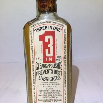 Full bottle of 3 in 1 Co. lubricant in ORIGINAL box - Bottles
