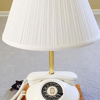 Manitoba Telecom Services Retitement Lamp