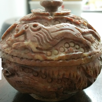 Antique stone bowl with lid - Asian