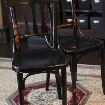 HELP! Trying to get info on these Thonet Chairs  - Furniture