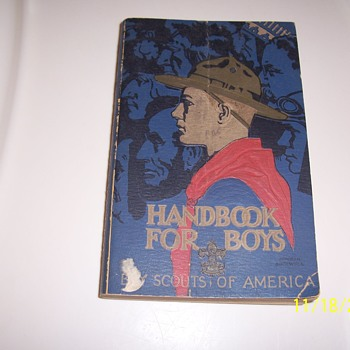 1936  edition Boy Scout Handbook - Books