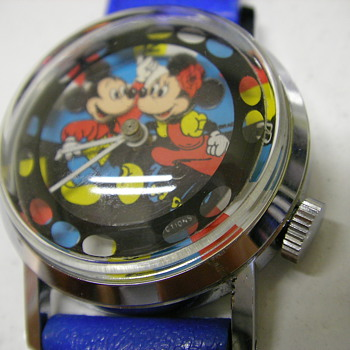 Circa 1980 Mickey & Minnie (double animation) Wristwatch - Wristwatches