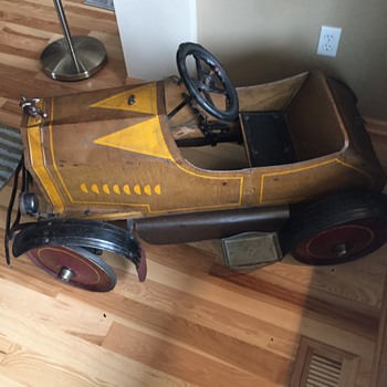 My Dad's Childhood Pedal Car - Model Cars