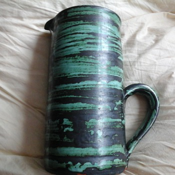 pottery jug ?? - Pottery